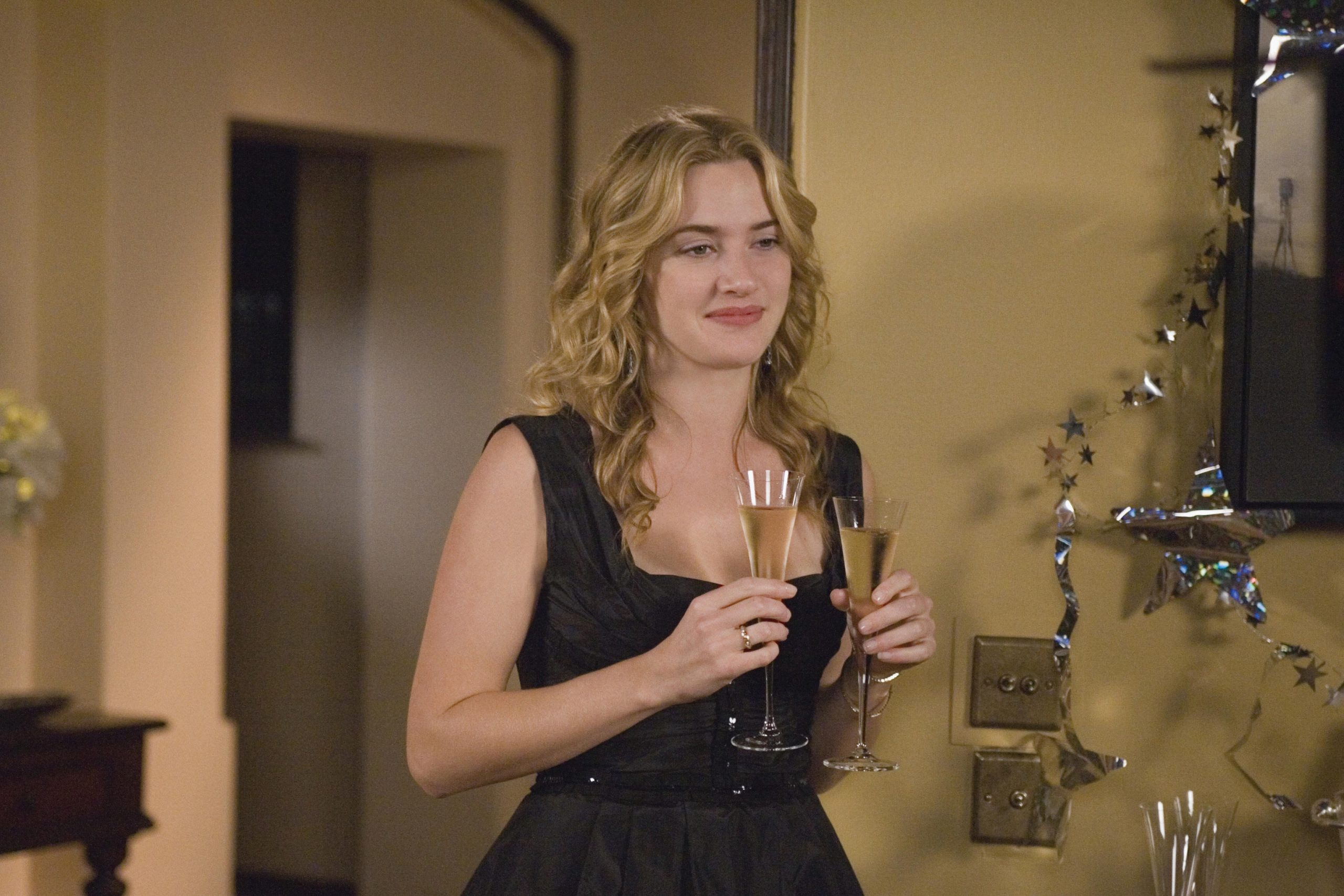 An image from the Holiday of Kate Winslet as Iris